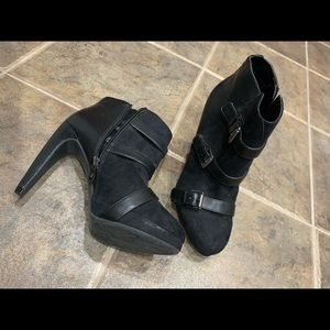 Sam & Libby Shoes - HEELED BOOTS WITH BUCKLES